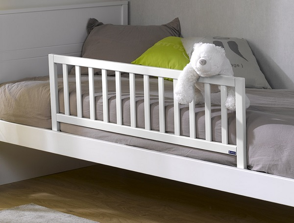 barre protection lit bébé